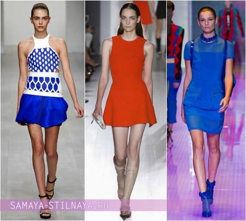 Короткие платья спортивного стиля, на фото модели David Koma, Victoria Beckham, Versus