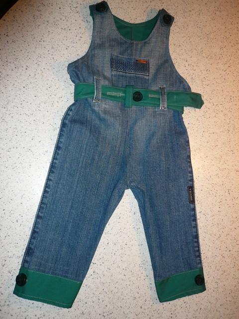 Как сшить комбинезон для ребенка из старых джинсов своими руками 59