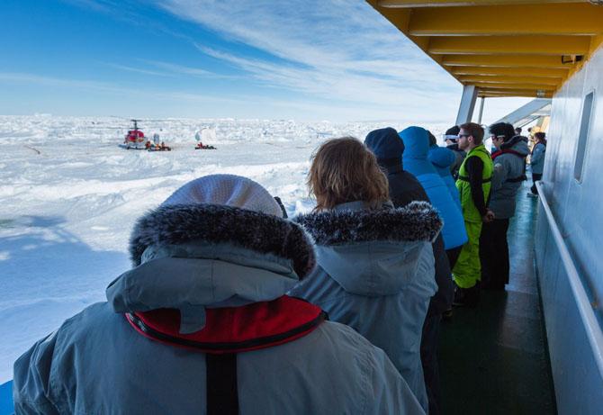 «Академик Шокальский» и спасательная операция в Антарктиде