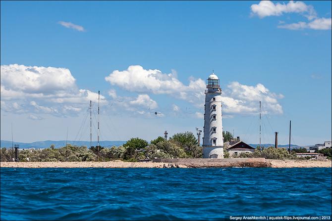 Спасительный огонь для моряков или как устроен маяк
