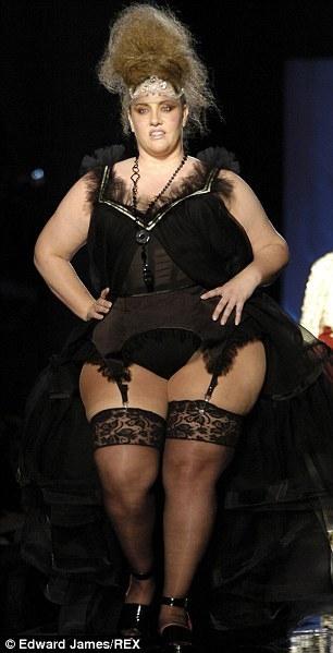 Толстая тётка в чулках фото 301-86
