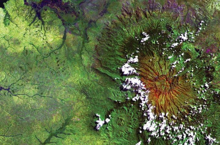 photoesfromnasa 12  Восхитительные фото земной поверхности от NASA