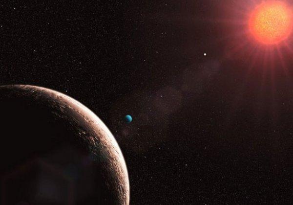 Десятое место. Глизе 581 e. Эта планета находится в созвездии Весов и удалена от нас всего на 20 световых лет. Хотя планета и намного больше нашей Земли, заселить ее вполне возможно.