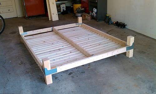 Как самому сделать кровать с подъемным механизмом фото 942