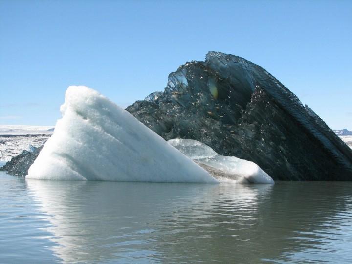 Black-iceberg