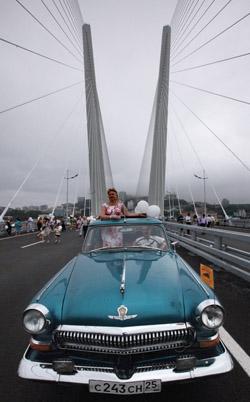 """""""Золотой"""" мост во Владивостоке побил мировой рекорд по длине центрального пролета. Фото: РИА Новости"""