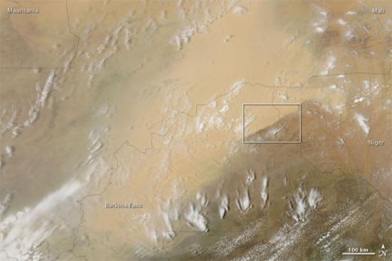 Буря в пустыне со спутника НАСА
