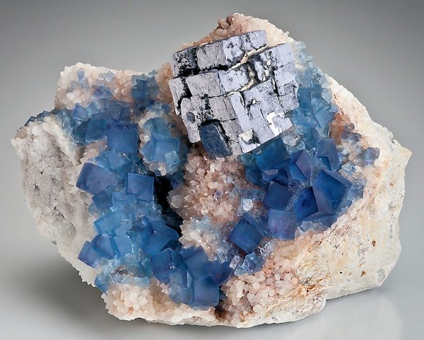 10 cамых смертельно опасных камней и минералов