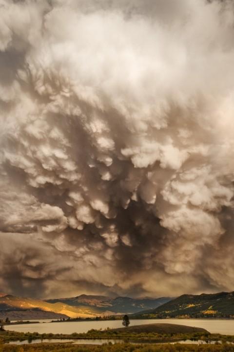 Пугающее очарование грозовых облаков