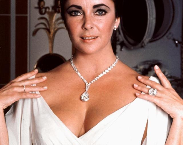 10 самых известных алмазов и бриллиантов