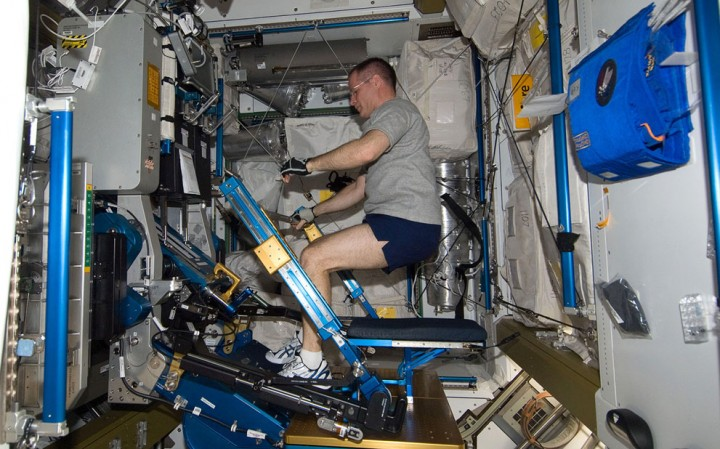 ISS06 Международная космическая станция: экспедиция 34