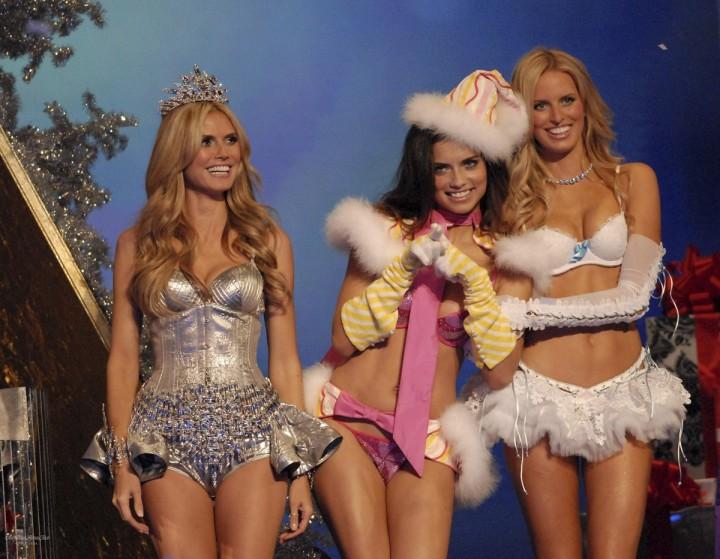 VictoriasSecret04 Топ 10 самых дорогих шоу Victorias Secret