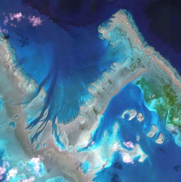 satellite07 Самые интересные снимки со спутника 2013
