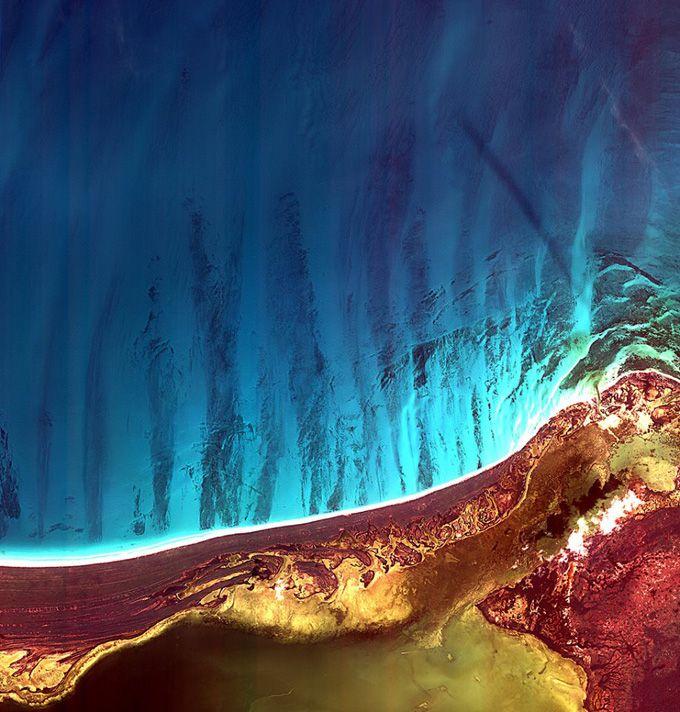 Удивительные снимки Земли со спутников