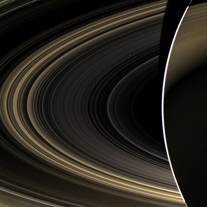 10 величайших фотографий Сатурна сделанных аппаратом Кассини