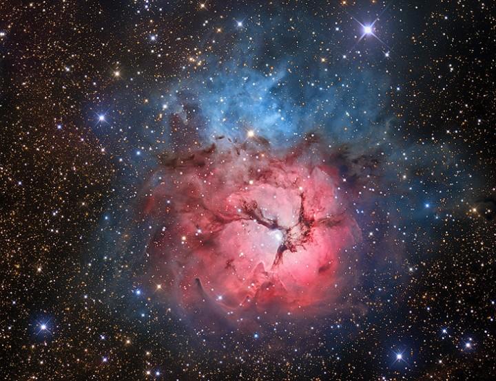 Тройная туманность NGC 6514