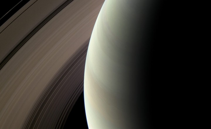 s24 12730 10 Кассини продолжает миссию